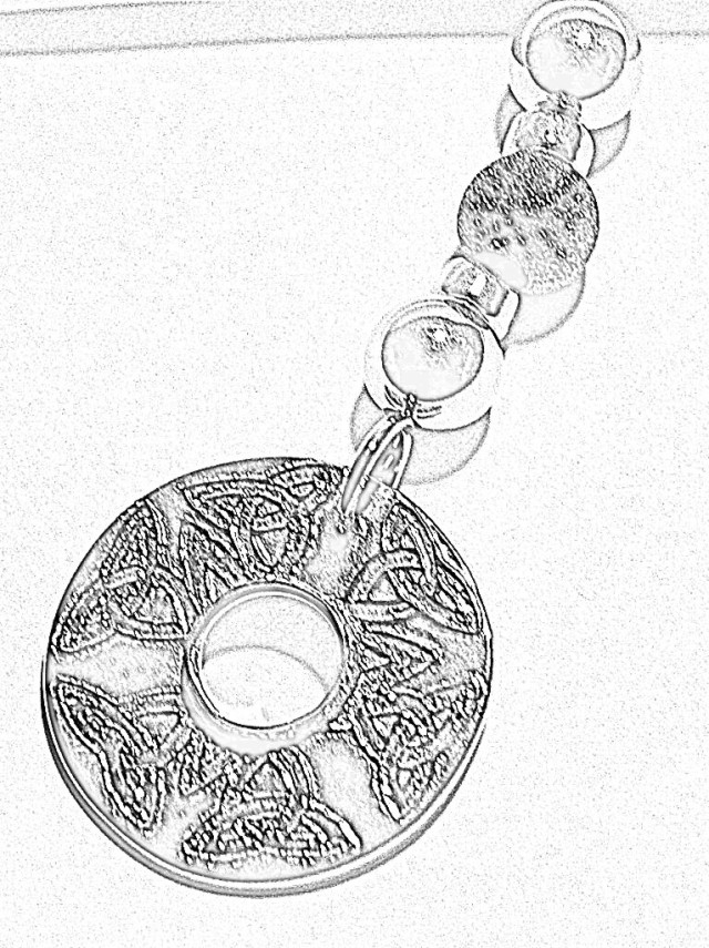 Celtic Knot Necklace design sketch